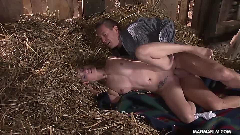 Pferdestall ficken im Bauer fickt